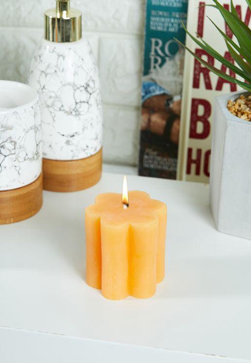 Small Mango Daisy Shaped Candle