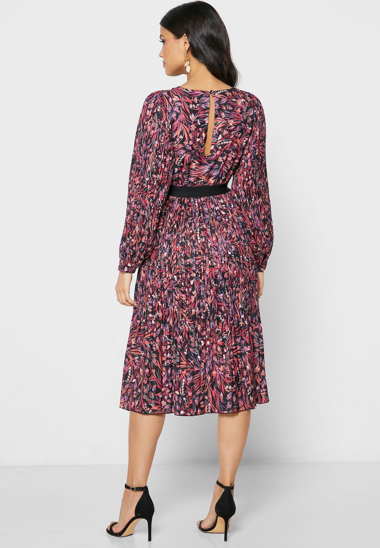 فستان باطراف دانتيل وطبعات ازهار