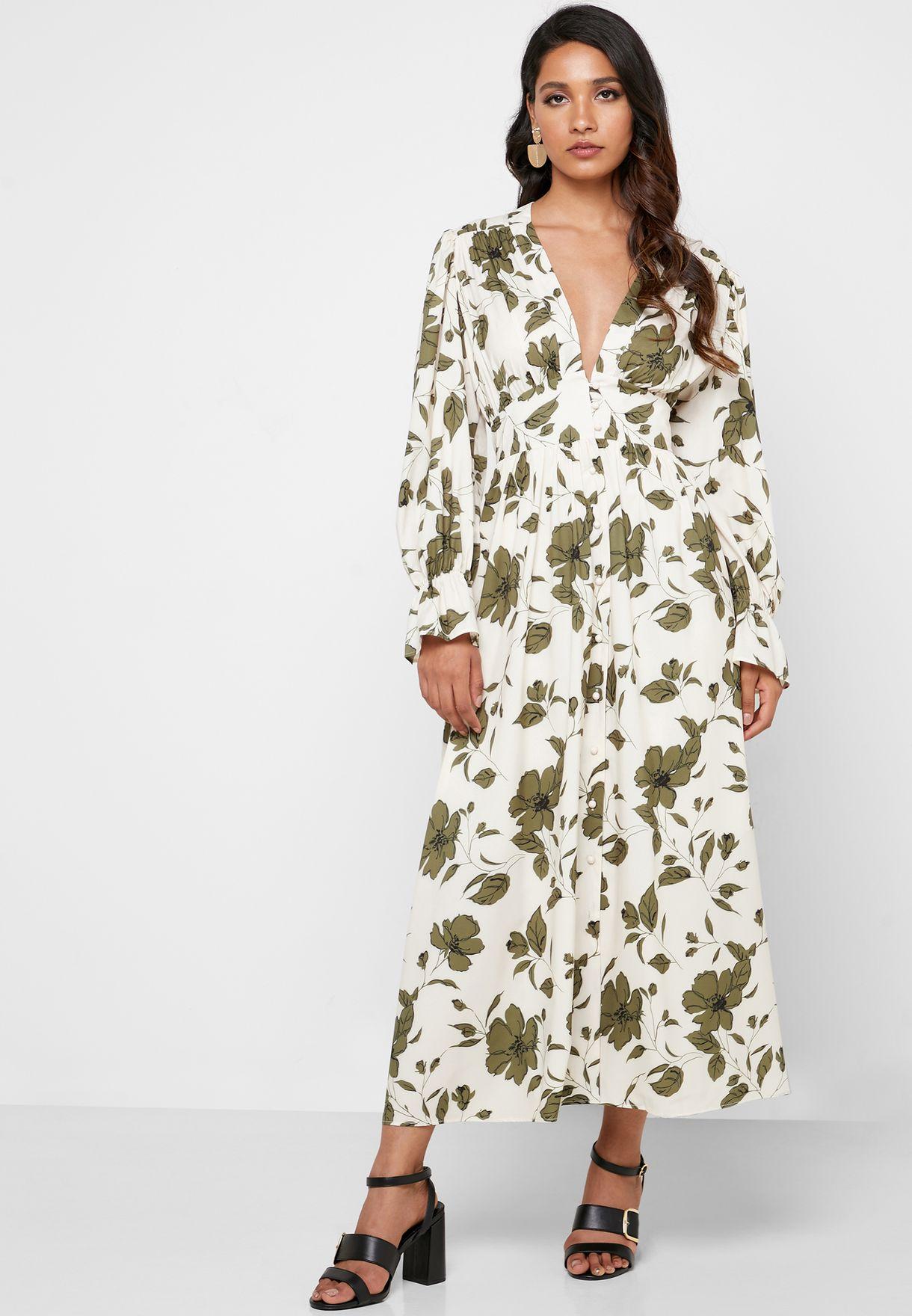 فستان بطبعة ازهار