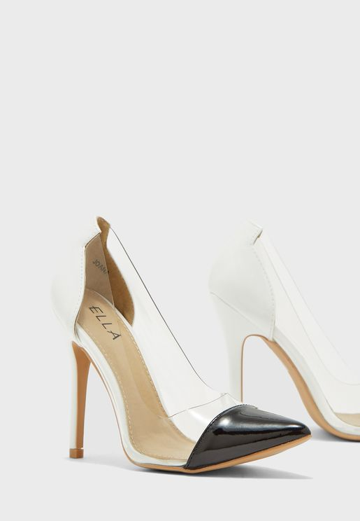 حذاء بكعب عالي ونمط كتل الالوان