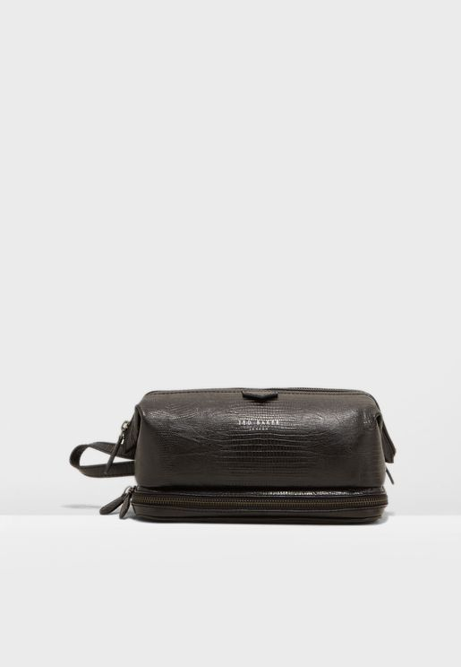 285bf44434737c Bublay Washbag. PREMIUM. Ted Baker