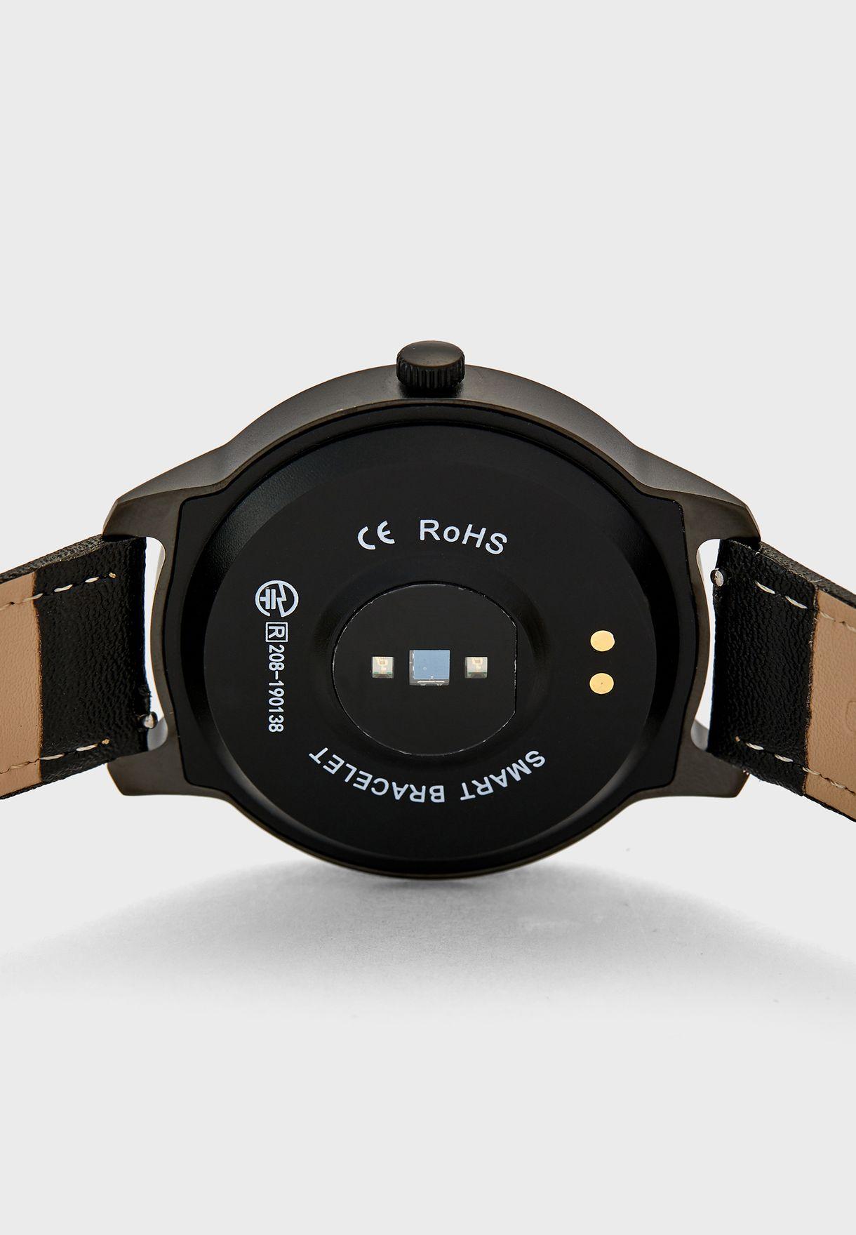 ساعة ذكية مع قياس معدل ضربات القلب