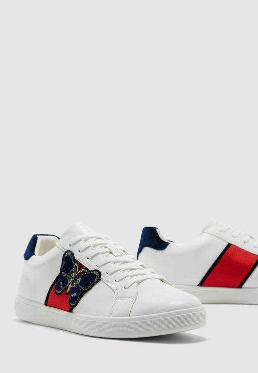 حذاء سنيكر بطبقات ملونة