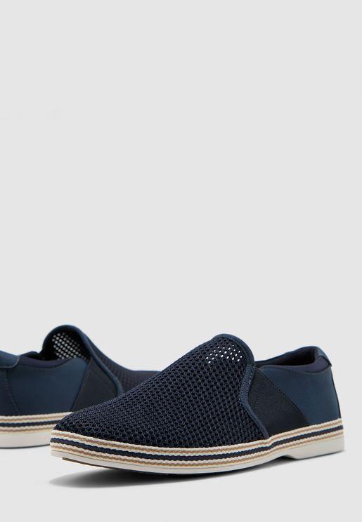 حذاء اسبادريل بمقدمة دائرية