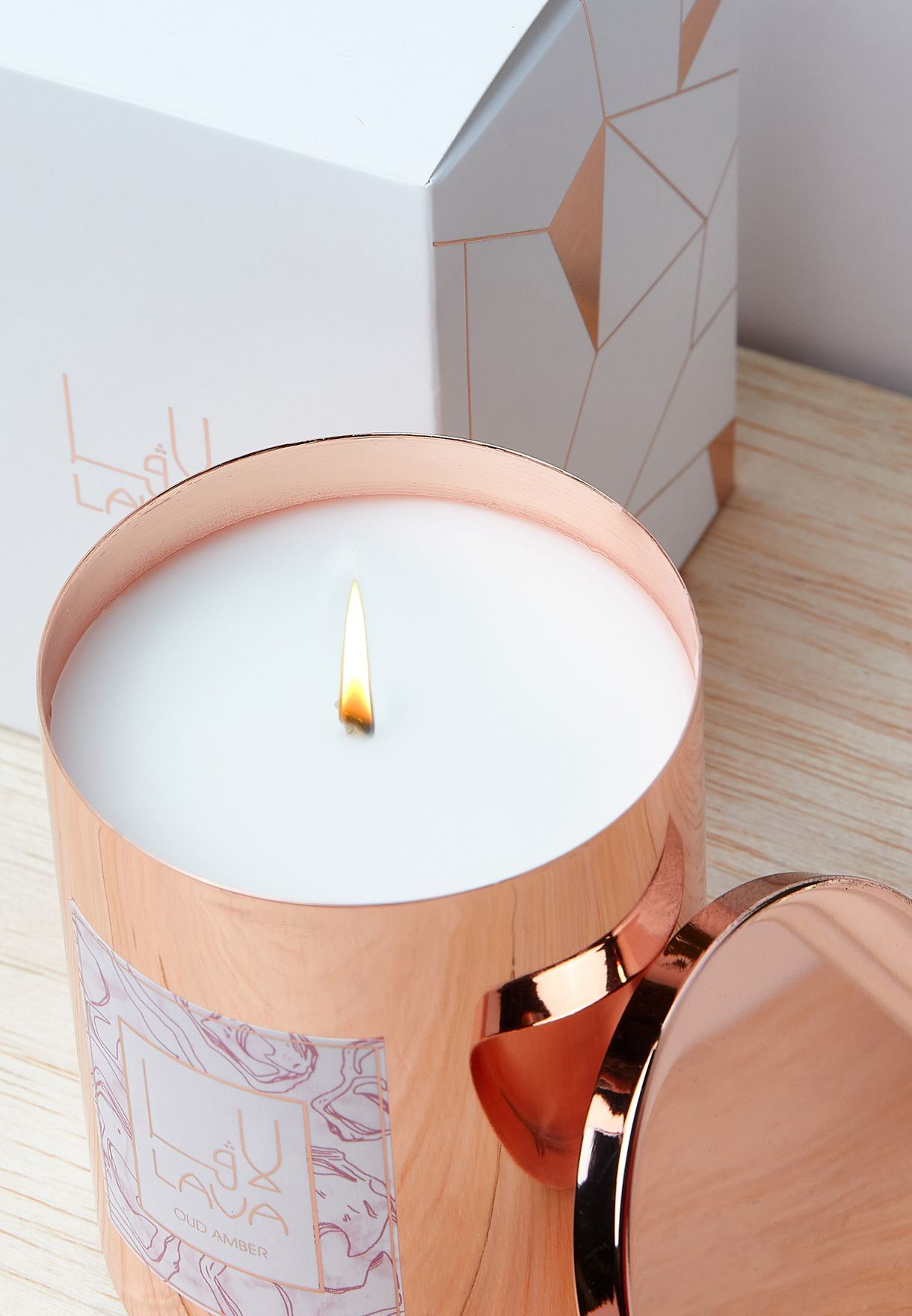 Oud Amber Candle
