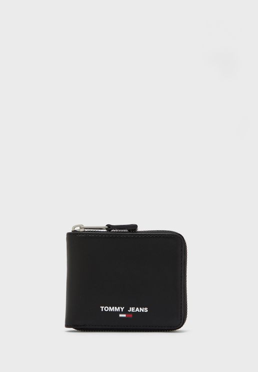 Essential Small Wallet