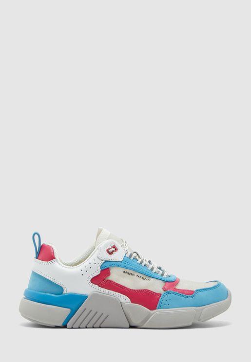 حذاء بلوك