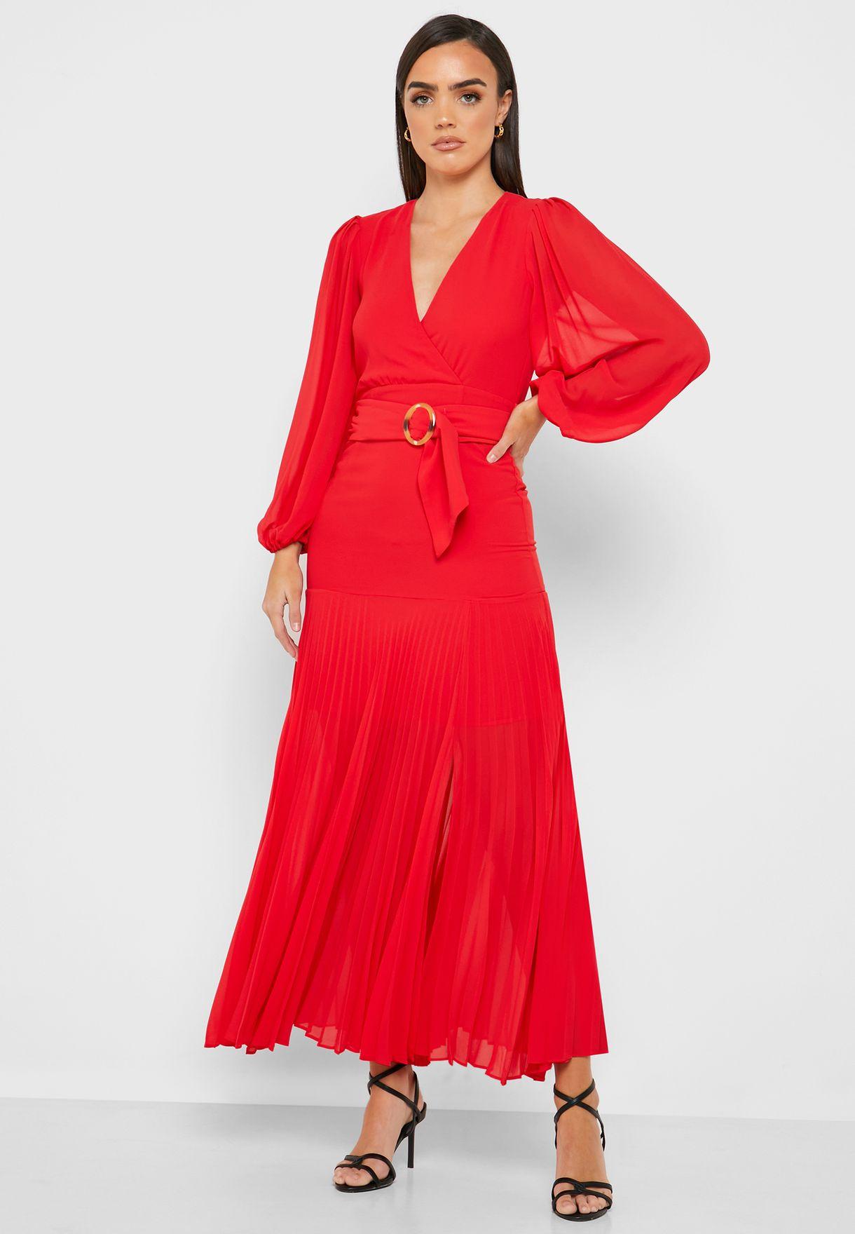 فستان بشق جانبي وحزام