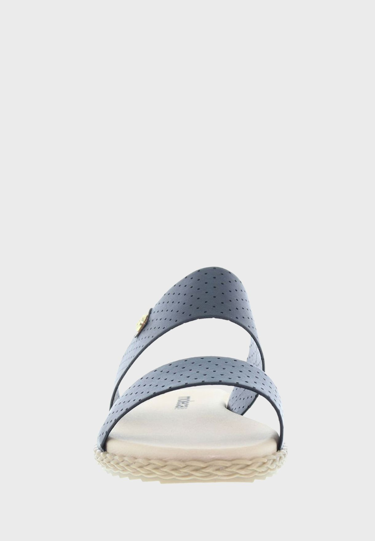 حذاء انيق سهل الارتداء