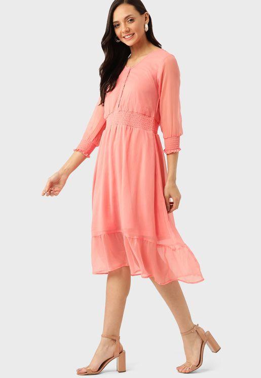 فستان دانتيل طبقات