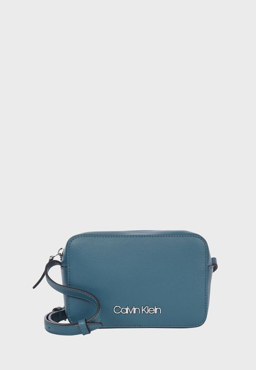 Zip Closure Camera Crossbody