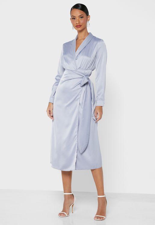 فستان ساتان لف