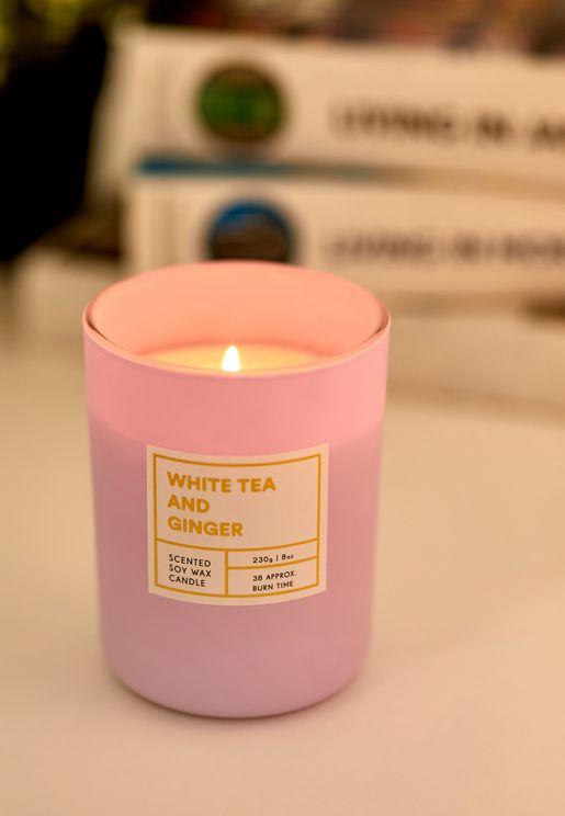شمعة برائحة الشاي الابيض والزنجبيل