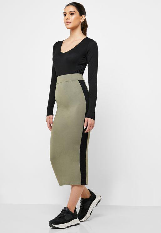 Contrast Side Paneled Midi Skirt