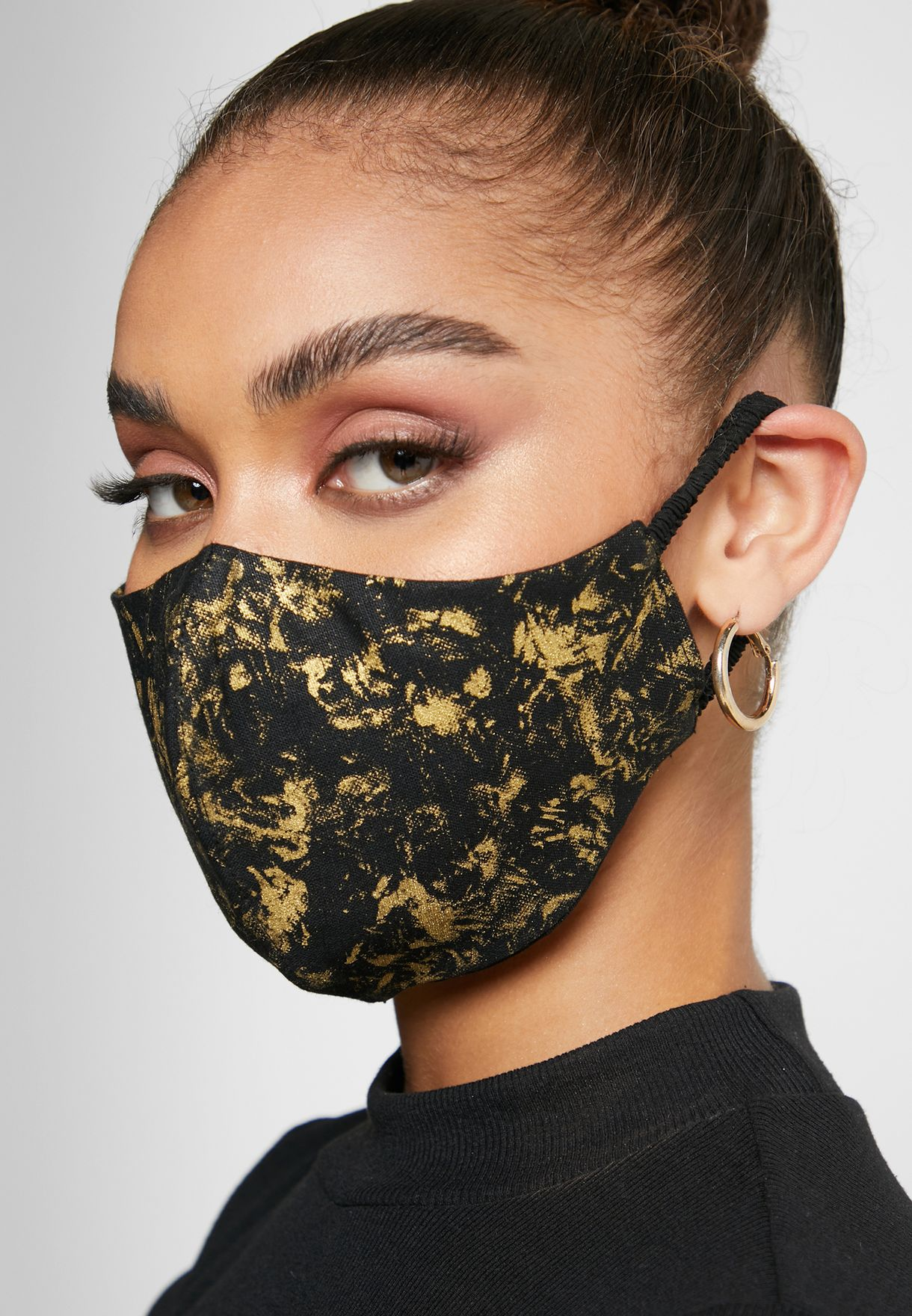 Gold Marble Effect Linen Mask