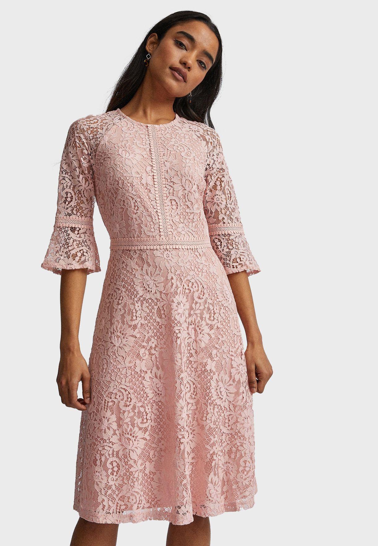 فستان دانتيل سكاتر