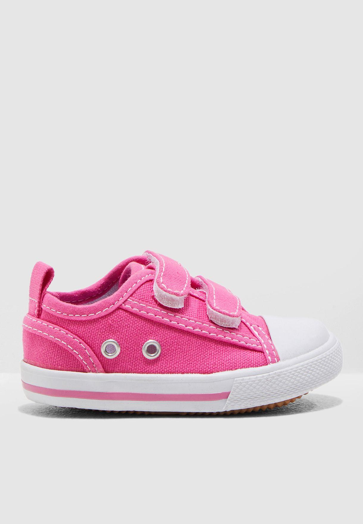 Kids Canvas Sneaker