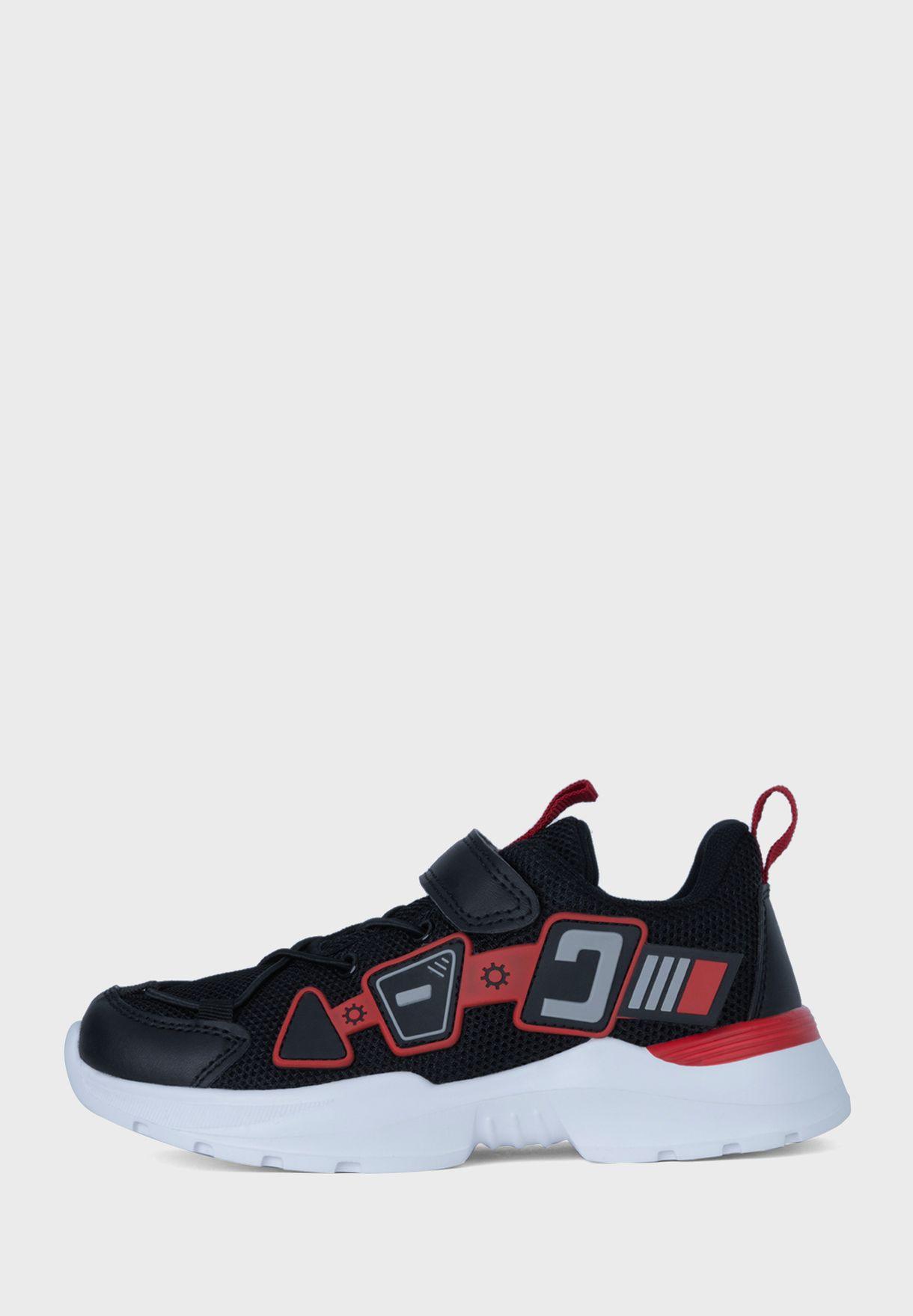 حذاء سنيكرز كارتر