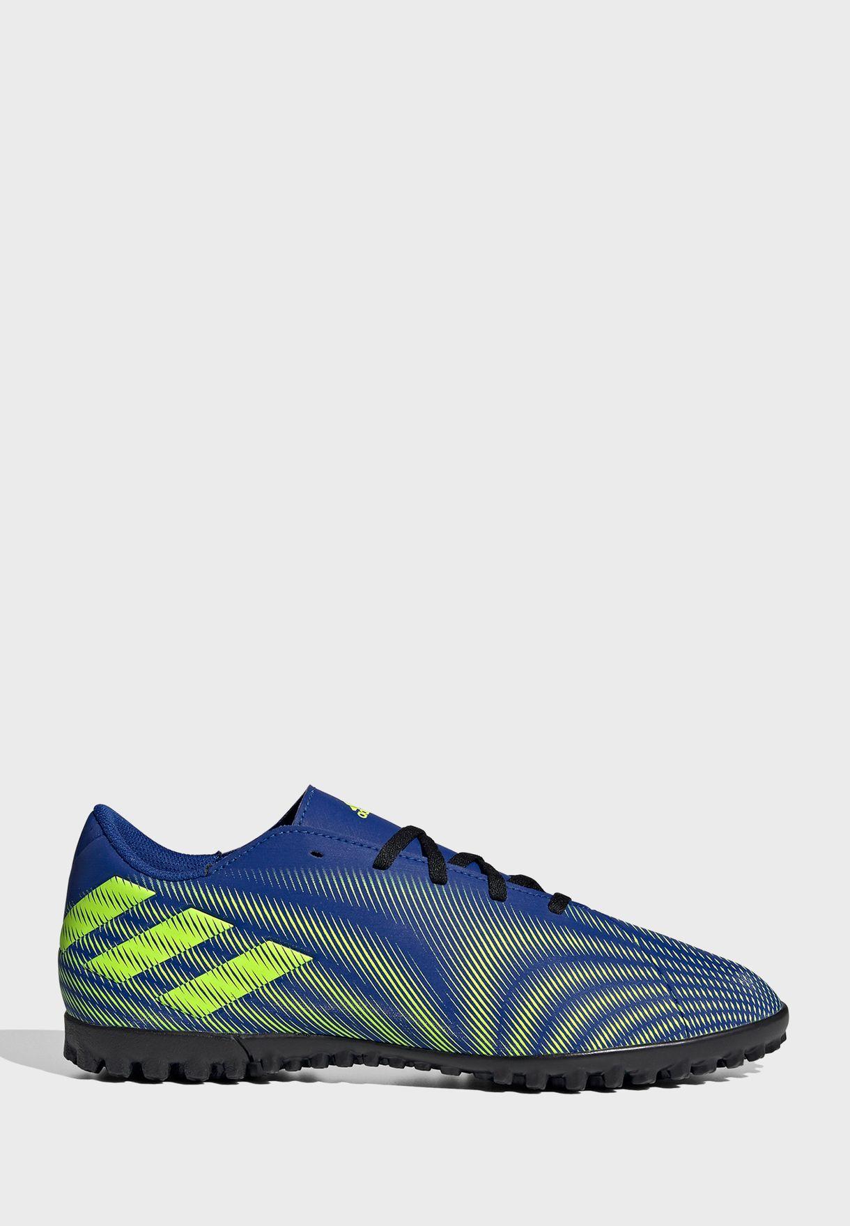 حذاء نيميزيز 4 تيرف
