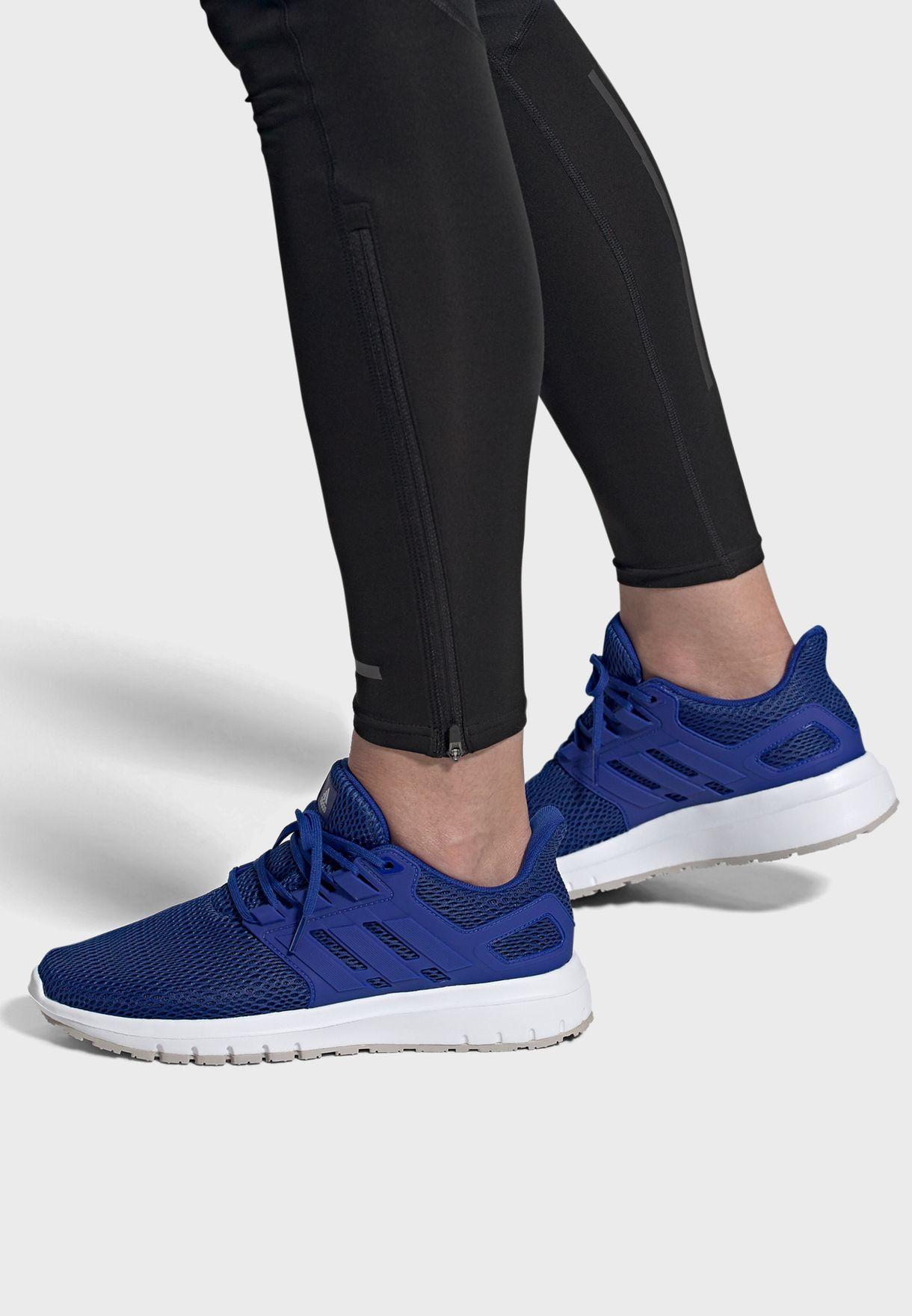 حذاء رياضي التيما شو