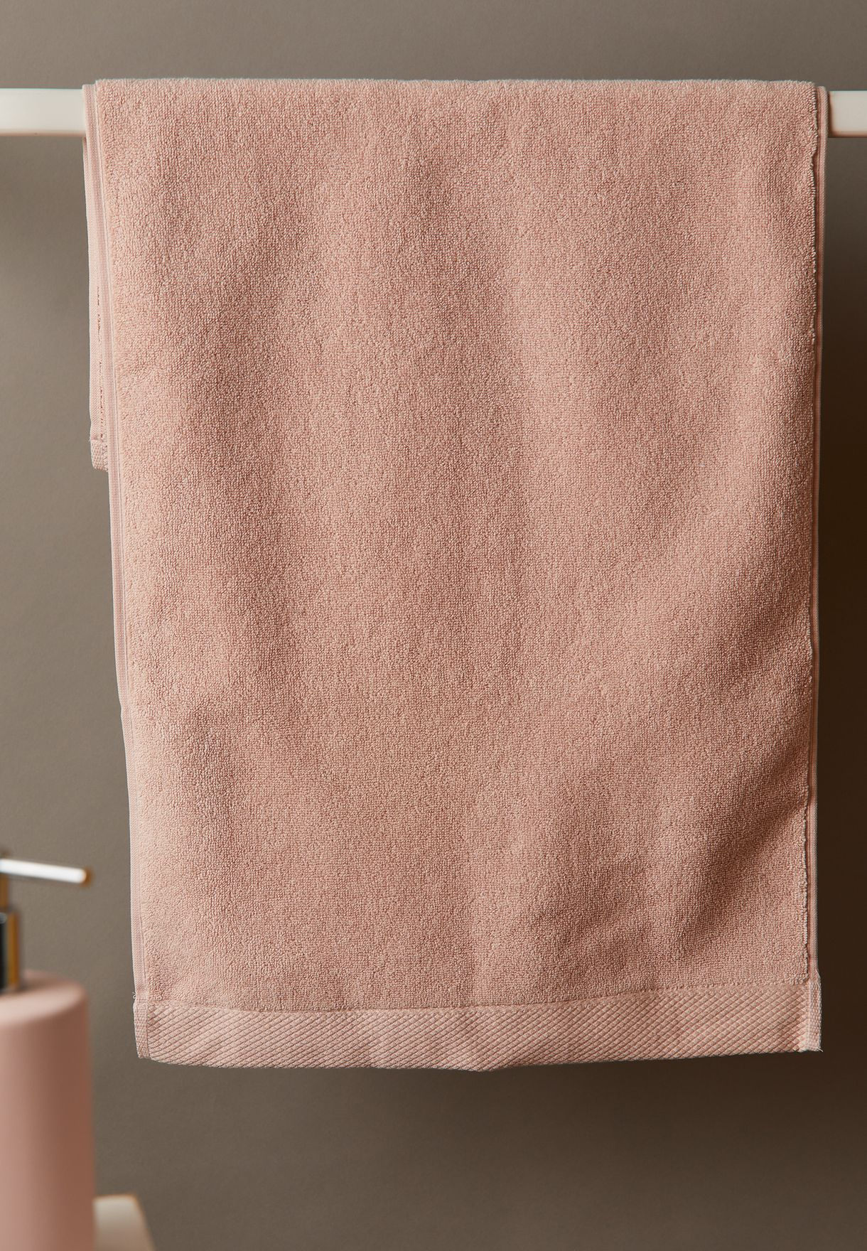 Luxe Guest Towel In Pearl