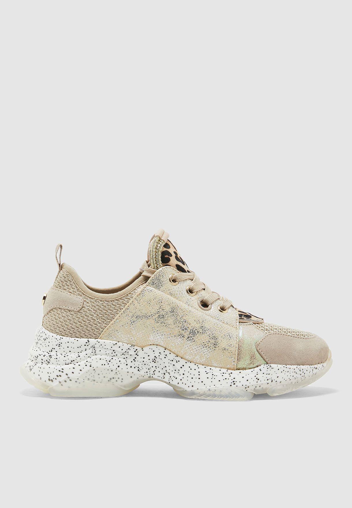 Mescal Low Top Sneaker - Grey