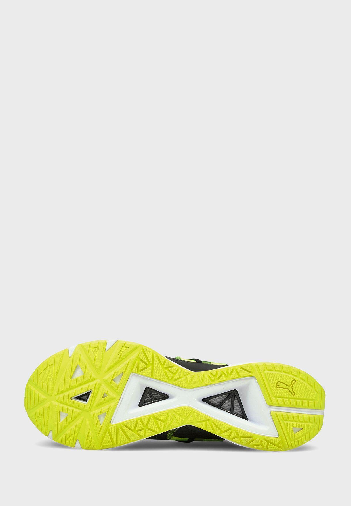 حذاء الترا تريلير اف ام