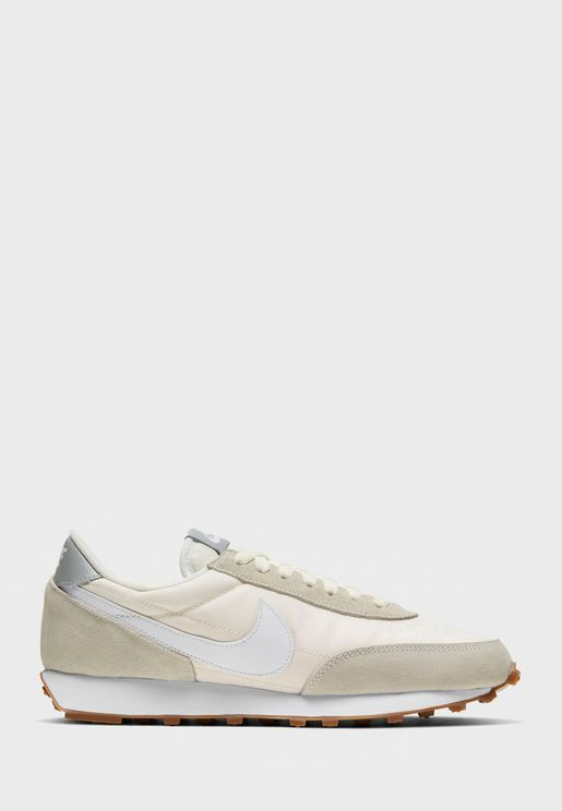 حذاء دي بريك