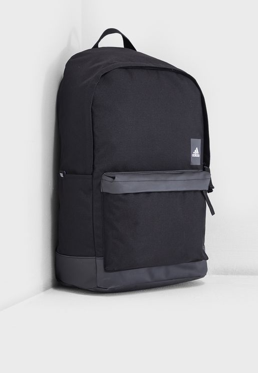 Classic Pocket Backpack