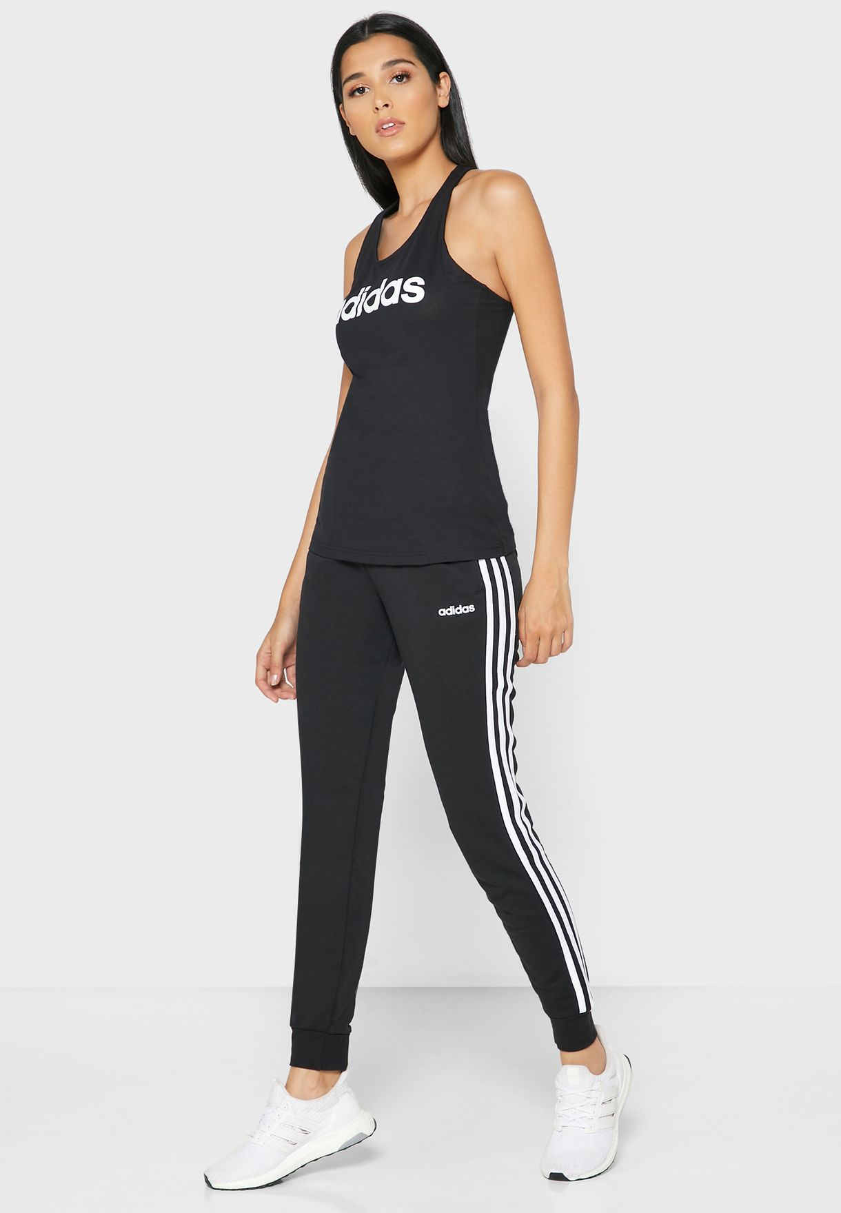 Essential 3 Stripe Sweatpants