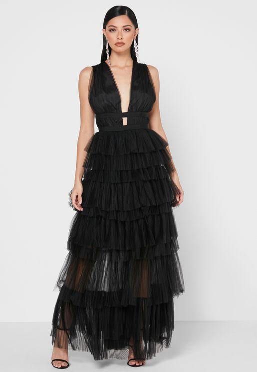 فستان تول بطبقات متعددة