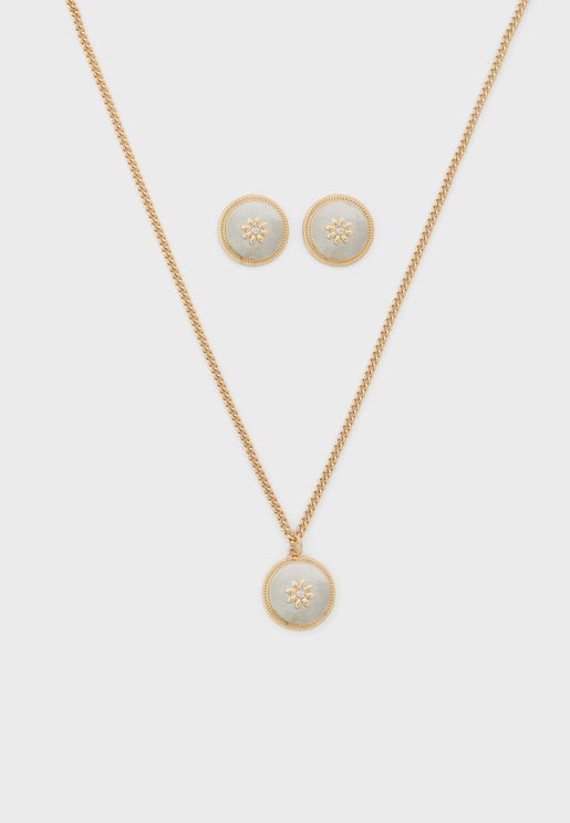 Flower Detail Circle Necklace And Earrings Set