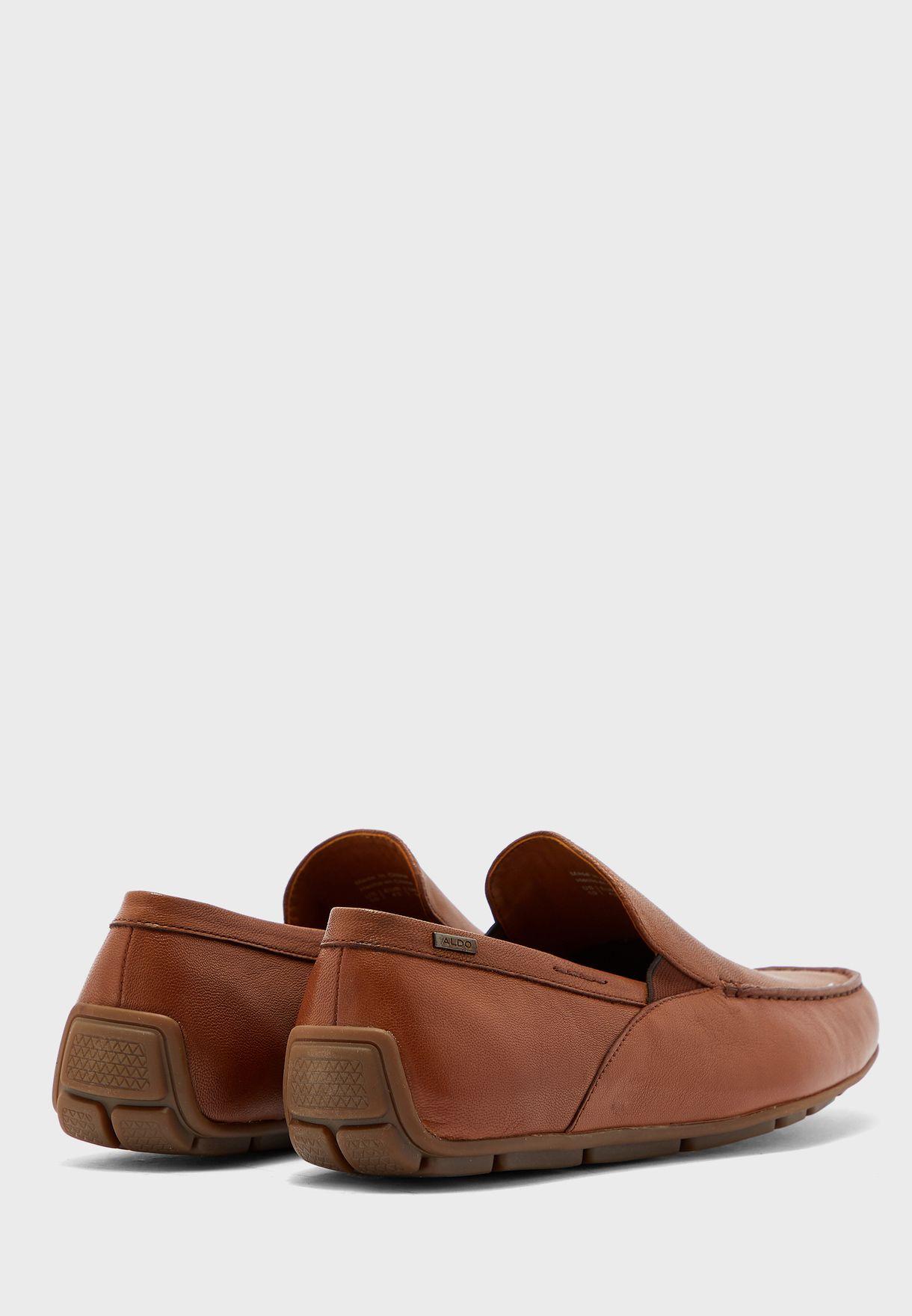 حذاء موكاسين عصري