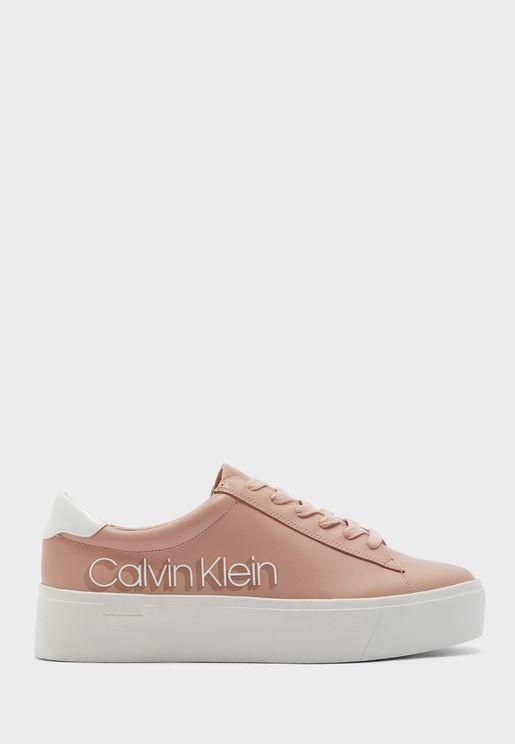 Janika Low Top Sneaker
