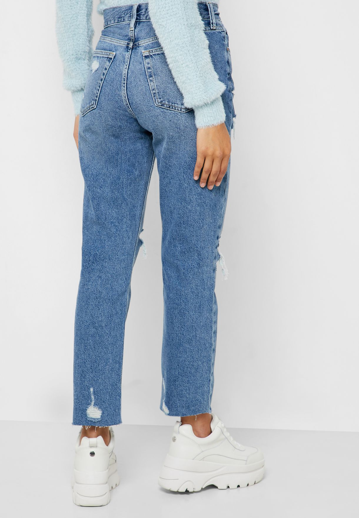 Distressed Cropped Straight Jeans