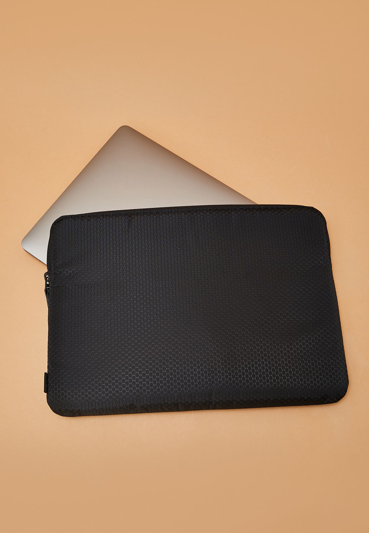 """13""""  Honeycomb Ripstop Macbook Sleeve"""