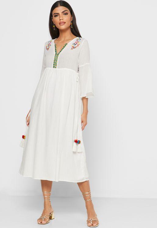 فستان ميدي مزين بشراشيب