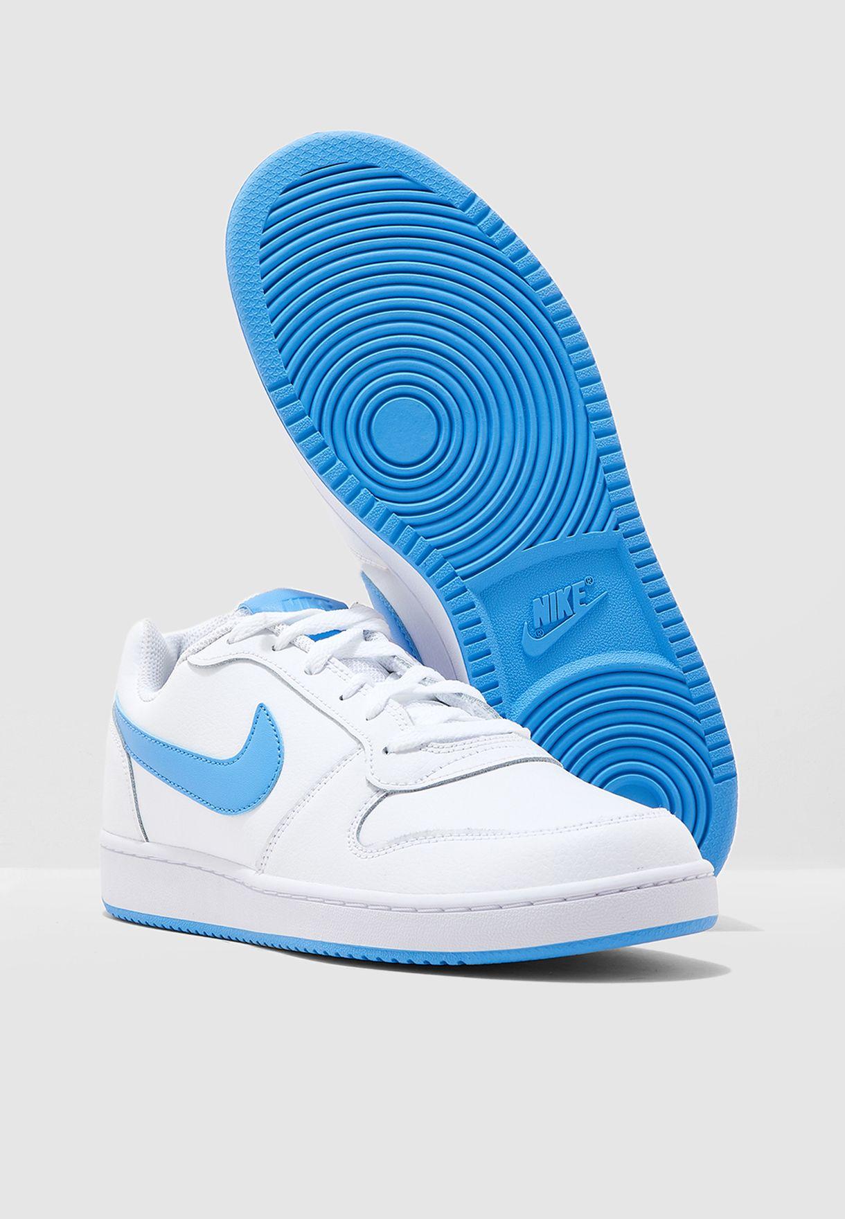 حذاء إبرون بكاحل منخفض