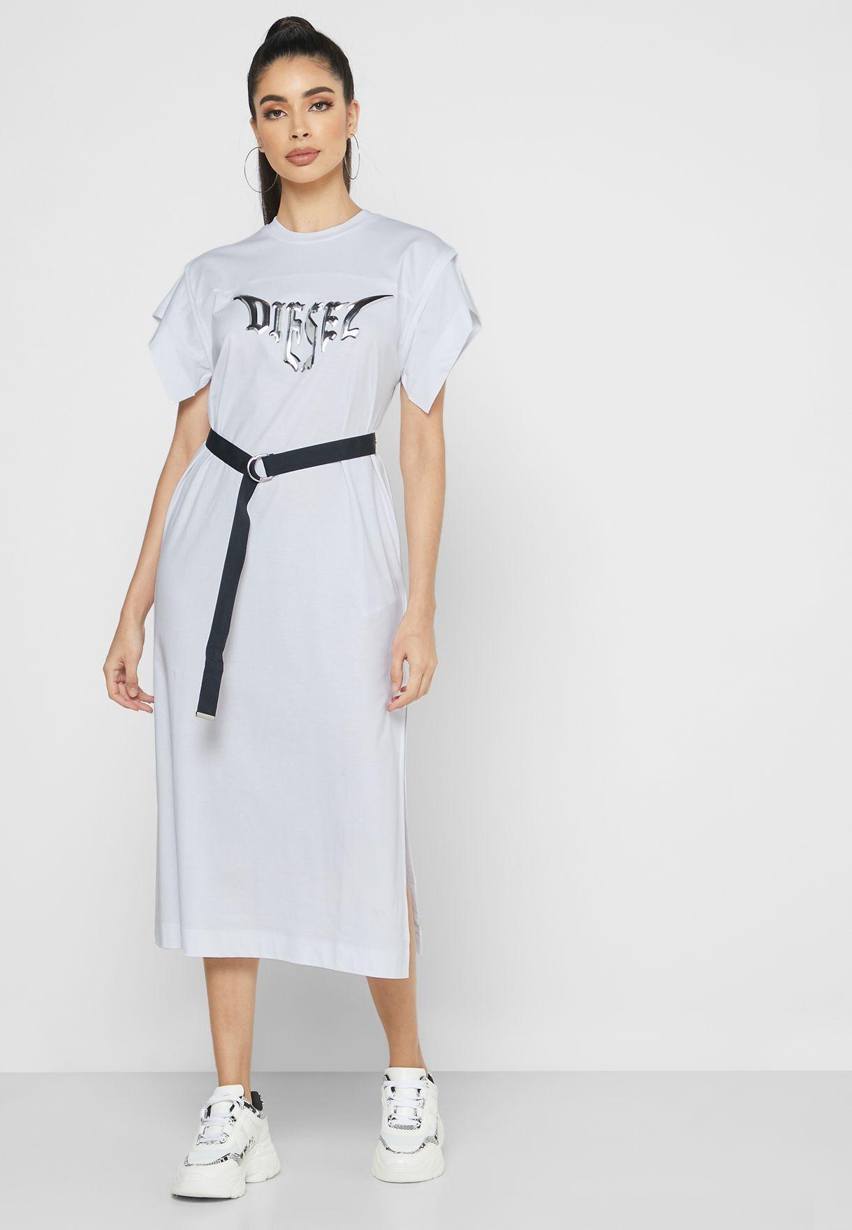 فستان بحزام خصر