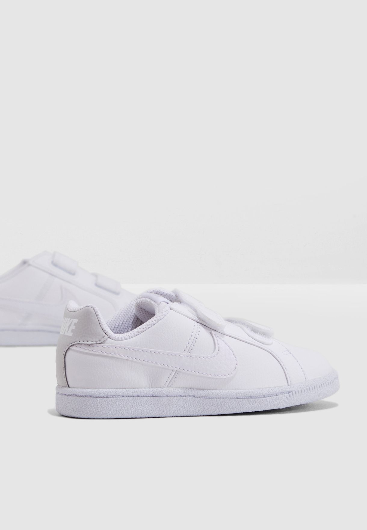 88679a18924c Shop Nike white Kids Court Royale 833655-102 for Kids in UAE - 72704SH74UWP