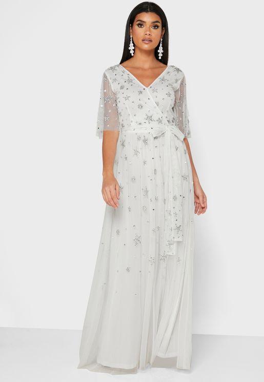 فستان باكمام شبك ومزين بالترتر