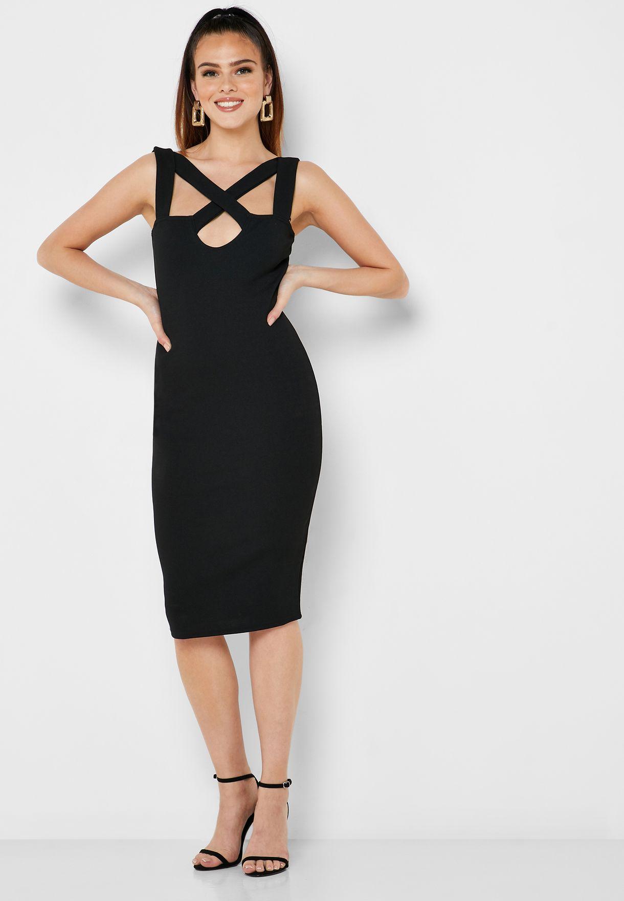 فستان بحمالات متفاطعة