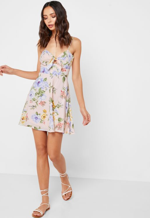 b74dbbd43ab2 Floral Print Front Tie Dress. Forever 21. Floral Print Front Tie Dress. 119  AED