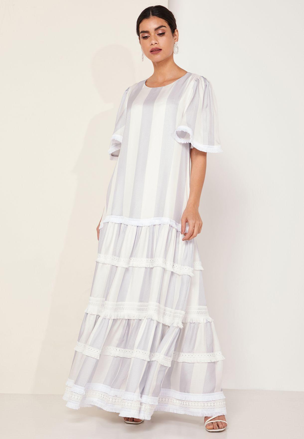 فستان ماكسي مخطط