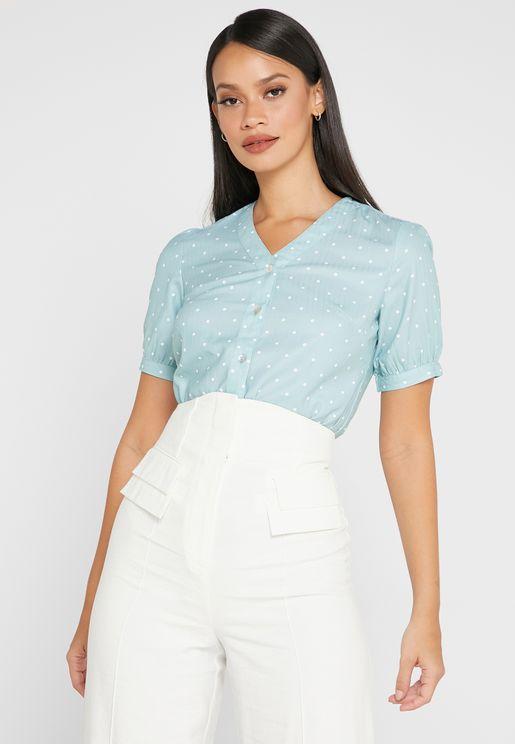 قميص منقط باكمام قصيرة