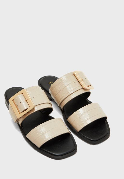 Leather Sandals With Buckle Detail