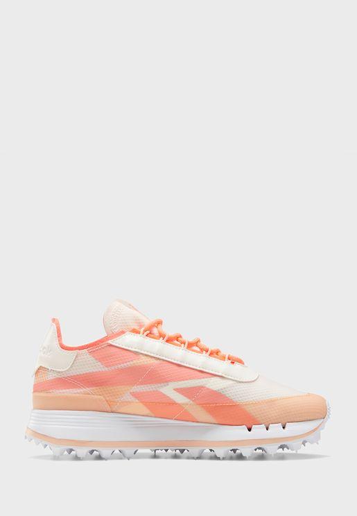 حذاء ليجاسي 83