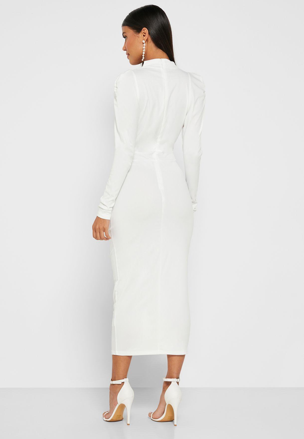 فستان ميدي بياقة عميقة