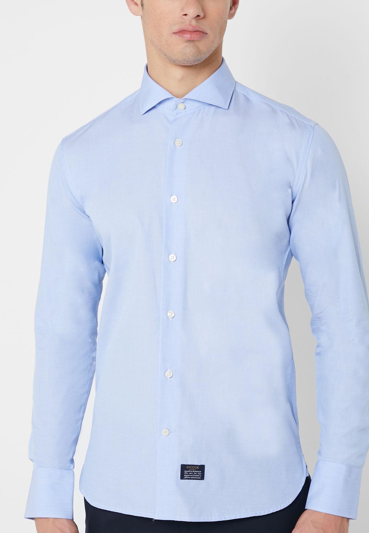 قميص مخطط بقصة سلم فيت