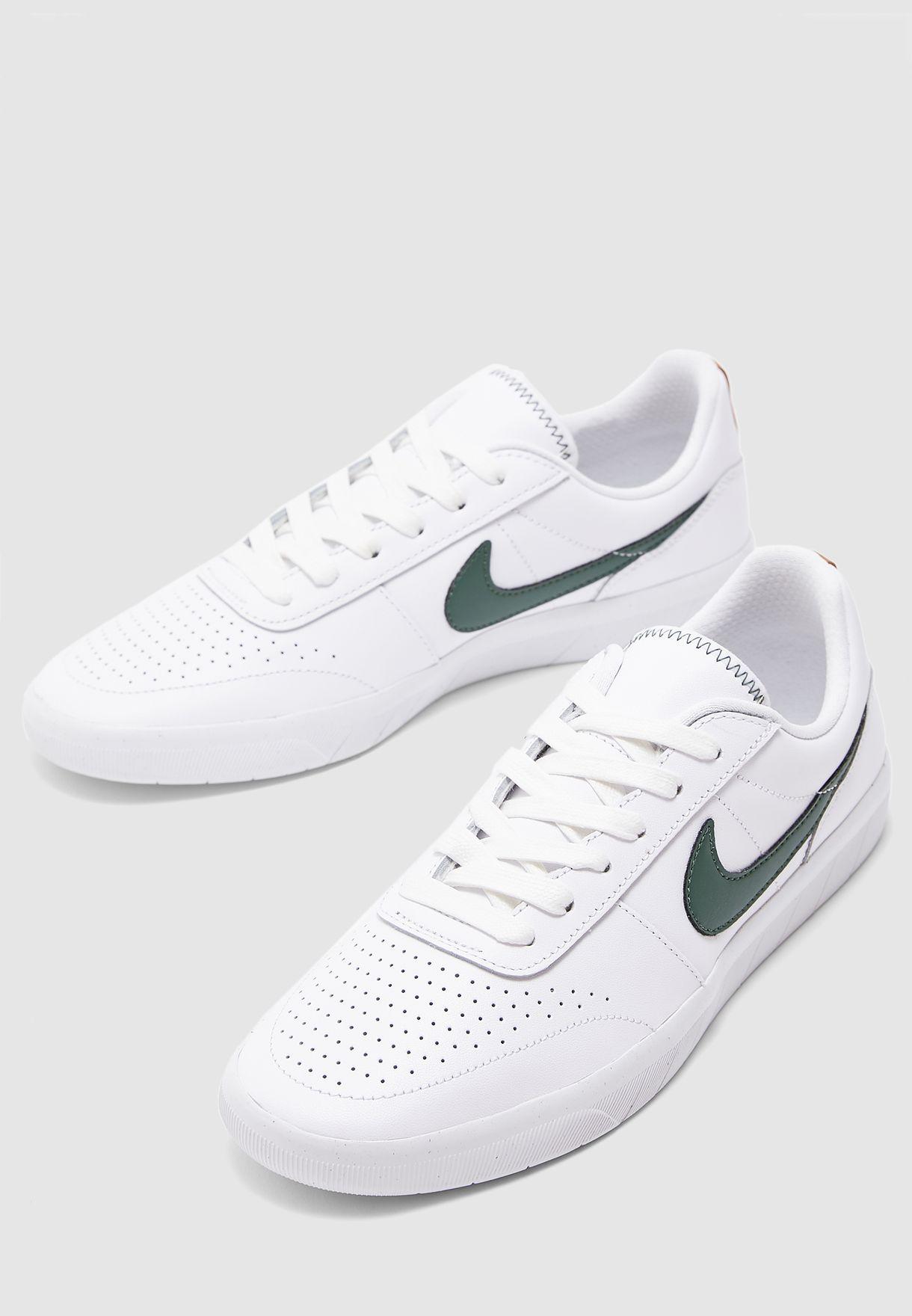 promedio transacción el primero  Buy Nike white SB Team Classic PRM for Men in MENA, Worldwide | AR0767-101